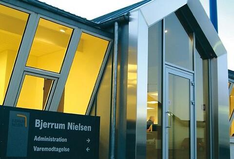 John Bjerrum Nielsen A/S tilbyder fremstilling af prototyper i forskellige materialer.