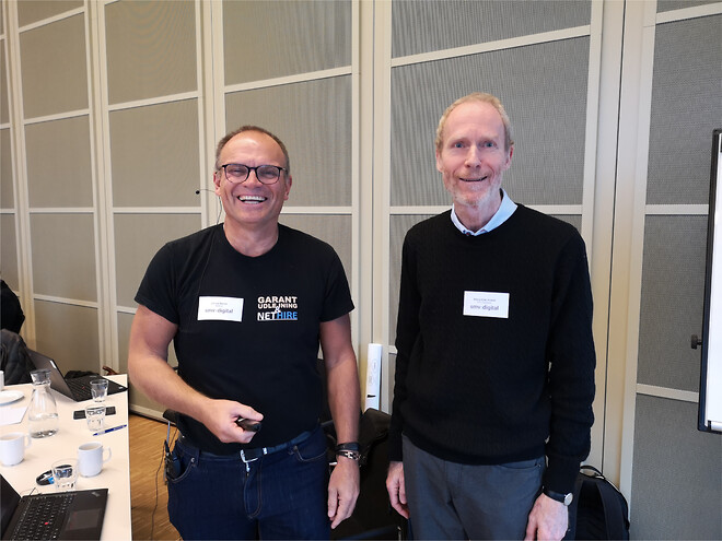 Bjarne Kjær Ersbøll (DTU) og Johnny Noisen (NetHire) fortalte om, hvordan danske SMVer kan optimere virksomheden med dataarbejde.