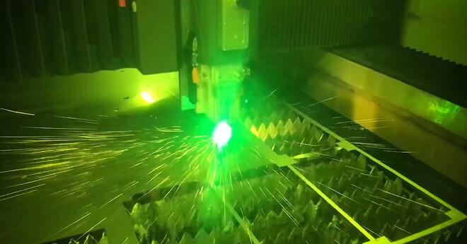 Laserskæring hos Vestjysk Rustfri Montage i Varde