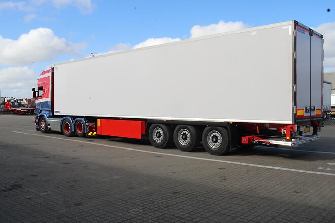 Lastas har leveret en ny Lamberet 3 akslet køletrailer