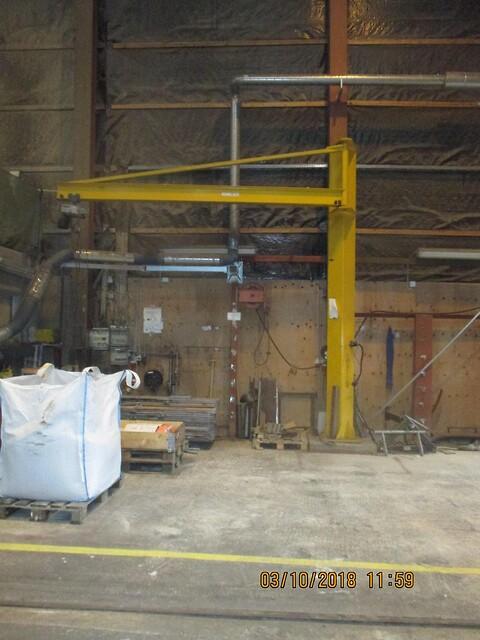 Brugt komplet svingkran sælges af stålspecialisten