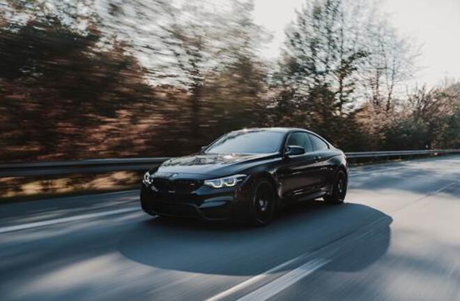 Kør i lækre BMW-biler med flexleasing hos Flexto.