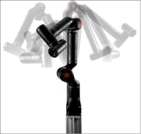 Kassow Robots - 7-axlig cobot\nKassowrobot\nSolectro robot\nIndustriell produktion