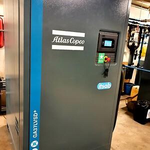 Kompressor GA37LVSD+ från Atlas Copco.