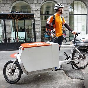Cykelbud, beställ lås, gasfjädrar och gångjärn från Aero Materiel.