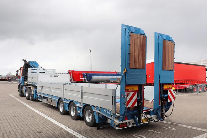 Kel-Berg 3 akslet maskintrailer med udtræk fra Lastas