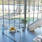 Lafuco. Glasvægge for dobbelthøje rum