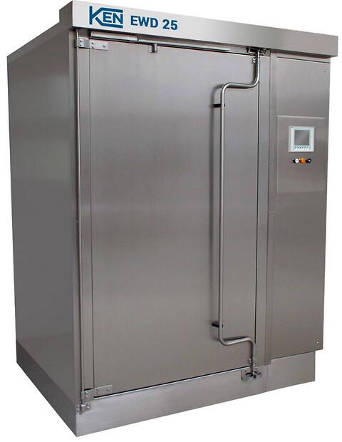 Multifunktionel maskine vasker og desinficerer