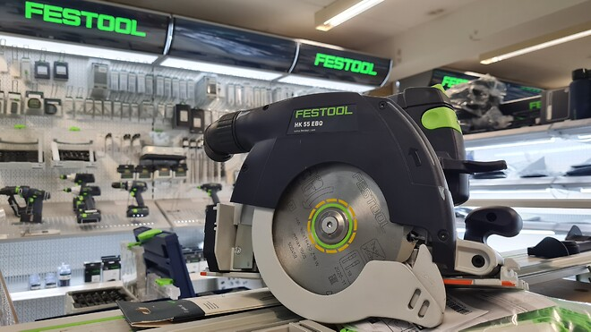 Festool værktøj finder du masser af hos Dorch & Danola
