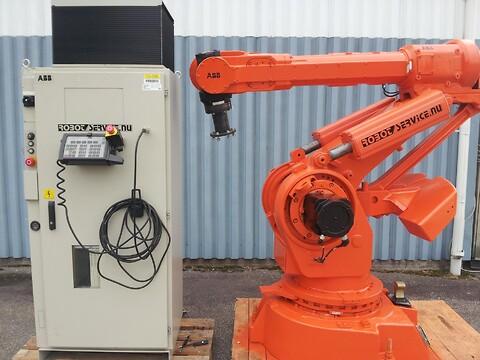 ABB robot IRB6000 S3 150kg/2.4m M93 FYND !!!
