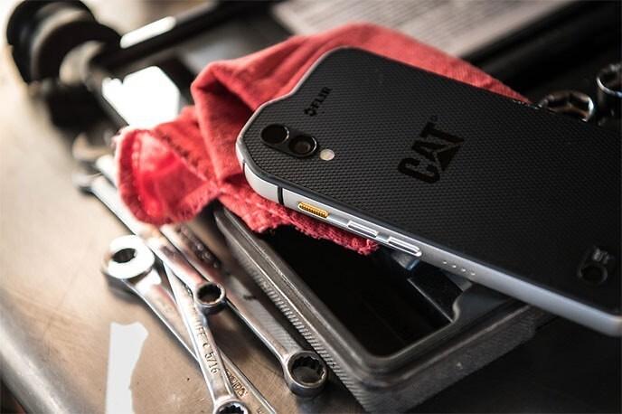 S61 Caterpillar smartphone