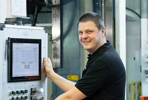 Andreas Kronstedt, utbildare och servicetekniker på AP&T.