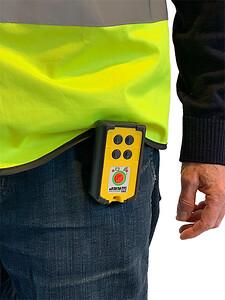 Trådløs Sikkerhed og alarmsender i bælte eller lomme fra comsystem