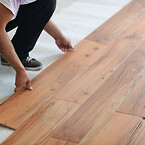 Installing_laminate_floor in home_Small 600x400