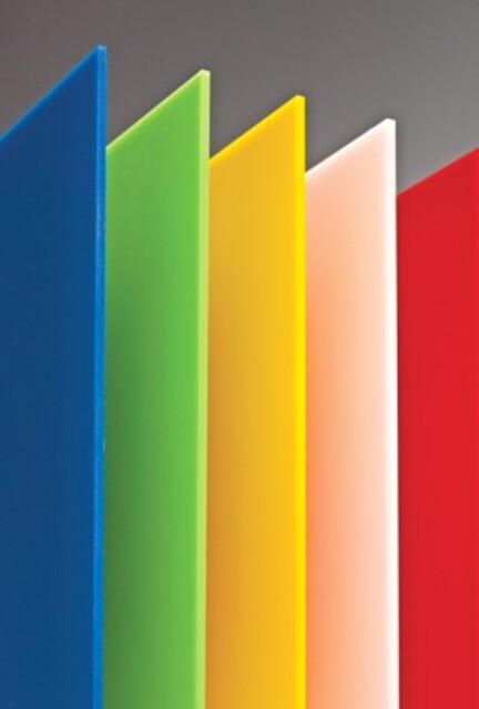 Støbt farvet akrylplader sælges
