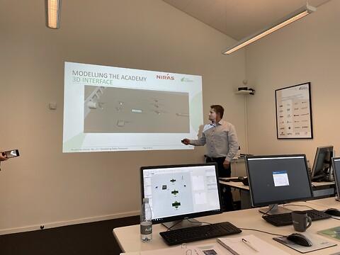 Produktionsoptimering ved brug af digital tvilling  - FlexSim kursus Au2mate Academy