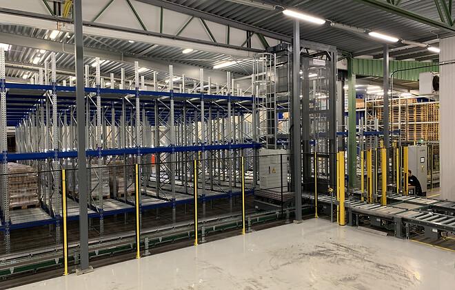 BITOs rullställ för lastpallar tredubblar lagringskapaciteten på Kiviks Musteri.