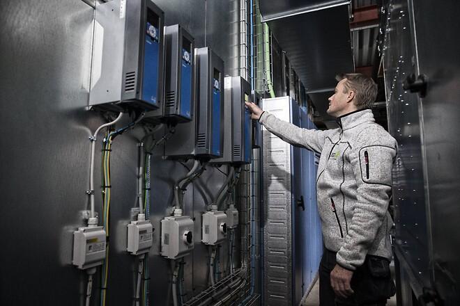 Schneider Electric deler klimateknologi i branchesamarbejer