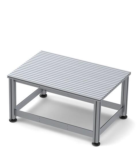 Stabila och kundanpassade stativ och arbetsbord i aluminium - Arbetsbord\nmaskinstativ\nrobotbord\nrobotstativ\nfixturbänk \nrullbord\nflyttbart arbetsbord\nflyttbart maskinbord\nstativ \nisel \nsolectro\nkundanpassat