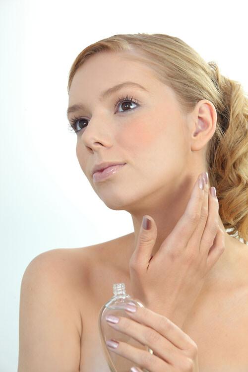 b981e63a477 Allergirisiko: Der er parfume i masser af makeup - RetailNews