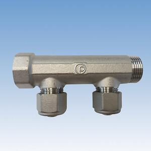 Pettinarolis brugsvandsfordelerrør med centerafstand på 50 mm gør det nemt at arbejde med og isolere. Fås med 2 og 3 afgreninger og er desuden TEA belagt