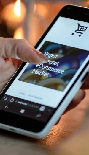 325571b40b2 Mens danskernes e-handel ifølge tal fra e-handelsforeningen FDIH  hovedsageligt foregår uden for landets grænser, modarbejder teknikken i  danske e-butikker ...