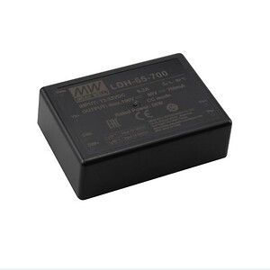 LDH-65 med DC/DC LED udgang fra Mean Well. Forhandler er Power Technic. Ring 70 208 210.