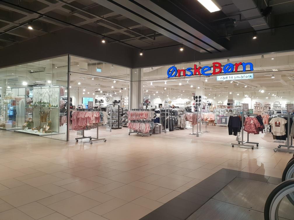 4da25fb617aa Modelfoto  Ønskebørn PR. Børneudstyrskæden Ønskebørn åbner ny stor butik i  Århus ...