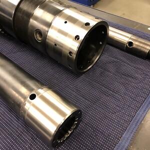 Renoveret dele til underboremaskine for gear.