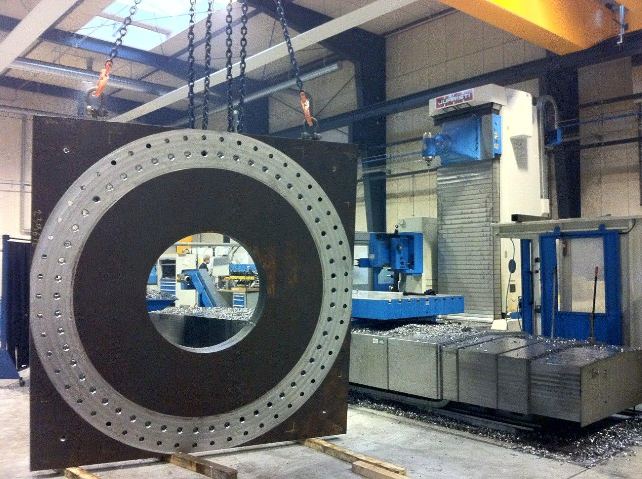 Sværgods bearbejdning på store CNC maskiner - NTT Woodnet