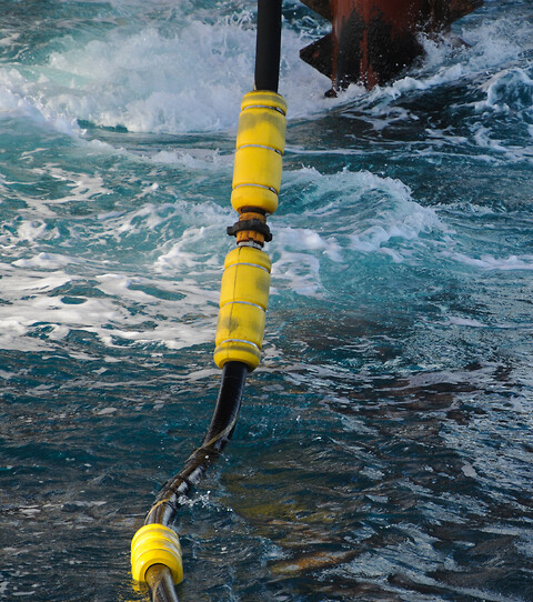 FlowSafe - Slangeflyt / Hose Floatation fra Polyform - polyform, flowsafe, hosefloatation, slangeflyt, offshore, subsea, floats, buoys