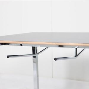 Kantinemøbler kantinebord stoleophæng hygiejne