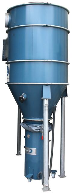 Dansk Procesventilation tilbyder Dustcontrols F30000 højvakuum-forudskiller til tørt støv/tørre spån