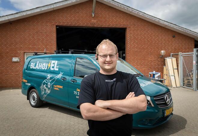 Varmepumperne i Bosch Climate 3000i-serien er nemme at installere og sætte i drift, konstaterer Simon Bramming, elektriker og specialist i varmepumpeinstallationer hos Blåhøj El.