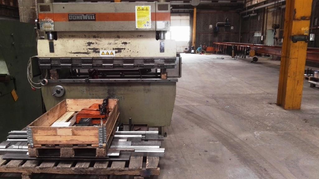 Hydr. kantpresse, DONEWELL - Metal Supply DK