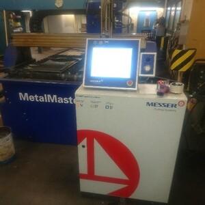 Brugt Messer MetalMaster 3015 med Hypertherm HPR130XD finstraaleplasma. Løwener 4064 3041