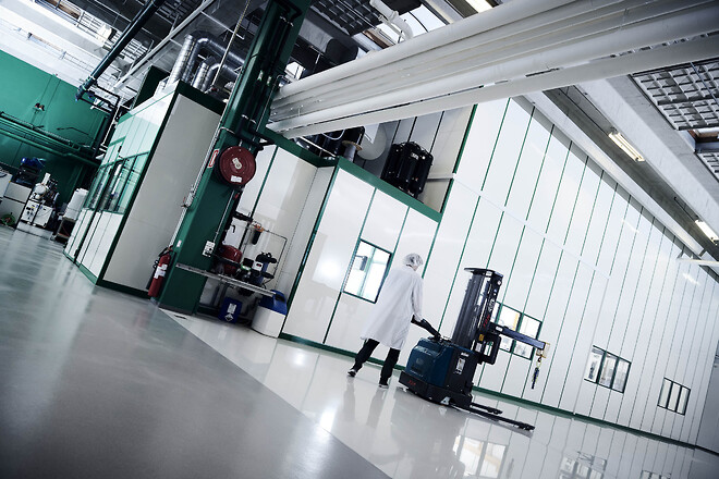 ISO 8, ISO 7, ISO 6, ISO 5 renrum, cGMP, GMP A,B,C og D renrum USP renrum fra Skov Industri A/S