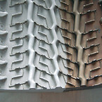 tire-mould-segment-aluminum-half-side-cleaned