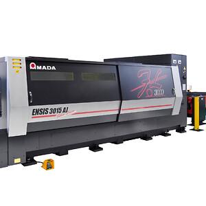 AMADA-ENSIS 3kW-photo machine (1)