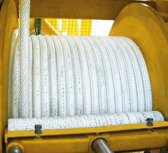 Klüber Lubrication har udviklet et miljøvenligt og højtydende smørefedt som forlænger levetiden for stålwirer