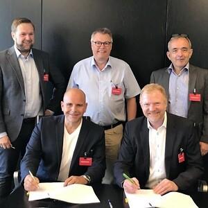 Finisterra Elma Instruments Signing