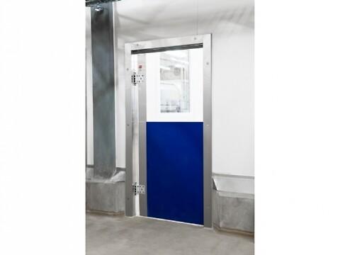DAN-doors - Polycarbonat Svingdøre - Polycarbonat svingdøre til industrien. Perfekte til rumadskillese, og produceres præcis efter kundens anvisninger.