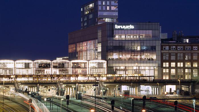 122d220056b0 110 år gammel tøjmærke åbner butik i Bruuns Galleri - RetailNews