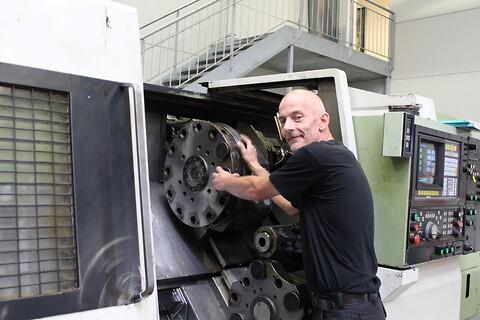 Serviceeftersyn - Serviceeftersyn af bearbejdningsmaskiner