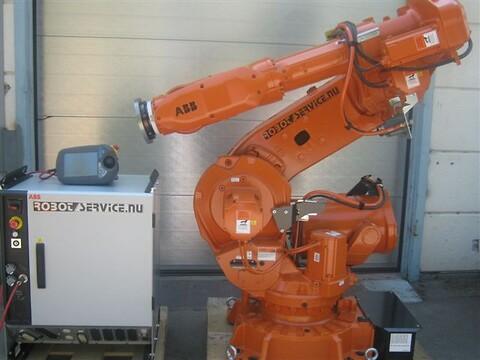 ABB robot IRB6650 IRC5 235kg/2.55m M2004 FYND !!!