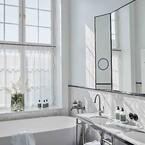 AXOR kunne tilbyde specialtilpassede løsninger i form af f.eks. AXOR FinishPlus specialoverfladerne, der lod hotellet vælge produkter i den ønskede sorte, børstede krom-overflade, der ovenikøbet er PVD-behandlet for særligt høj kvalitet.