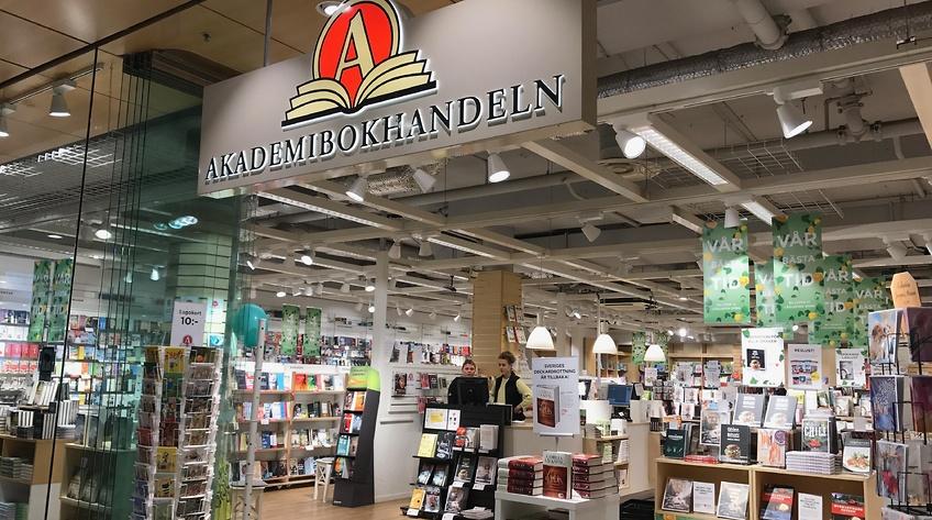 Akademibokhandeln slår igen fyra butiker
