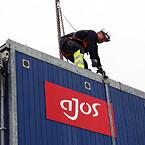 Det er især overfor Ajos timelønnede, der hver dag arbejder i udsatte positioner på byggepladser, at udlejningsvirksomheden har gjort en ekstra indsats for at forbedre arbejdsmiljøet.