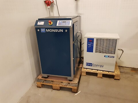Kompressor Monsun Air F 11 og DryEnergy Hybrid DE018 lufttører