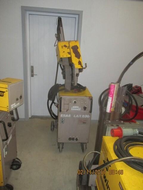Brugt Esab svejsemaskine LAR 630 vandkølet sælges